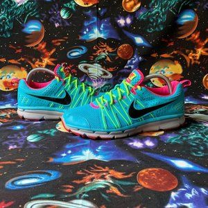Wmns Nike Flex Trail 2 Sz 8.5 Running Shoes